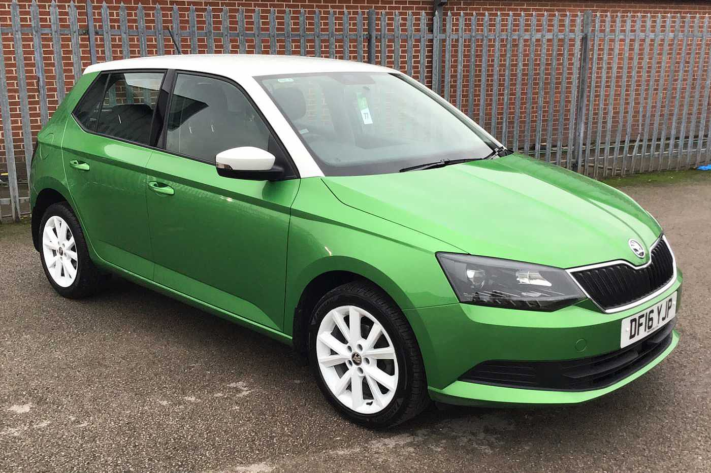2016 Green Skoda Fabia Hatchback 5-Dr 1.2 TSI, Petrol, Manual