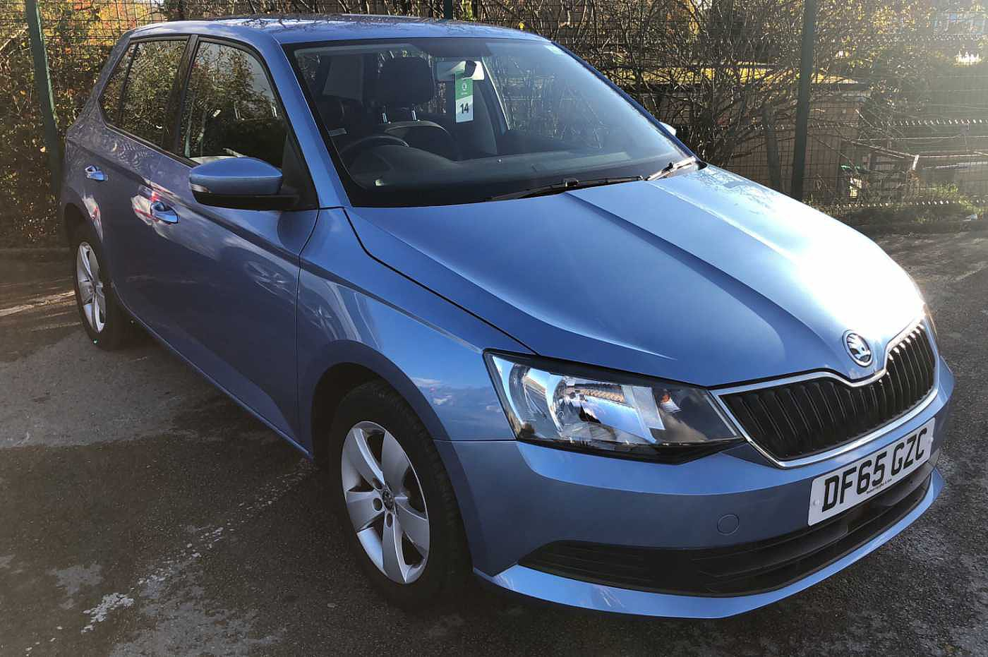 2015 Denim Blue  Metallic Skoda Fabia Hatchback 5-Dr 1.0 MPI, Petrol, Manual