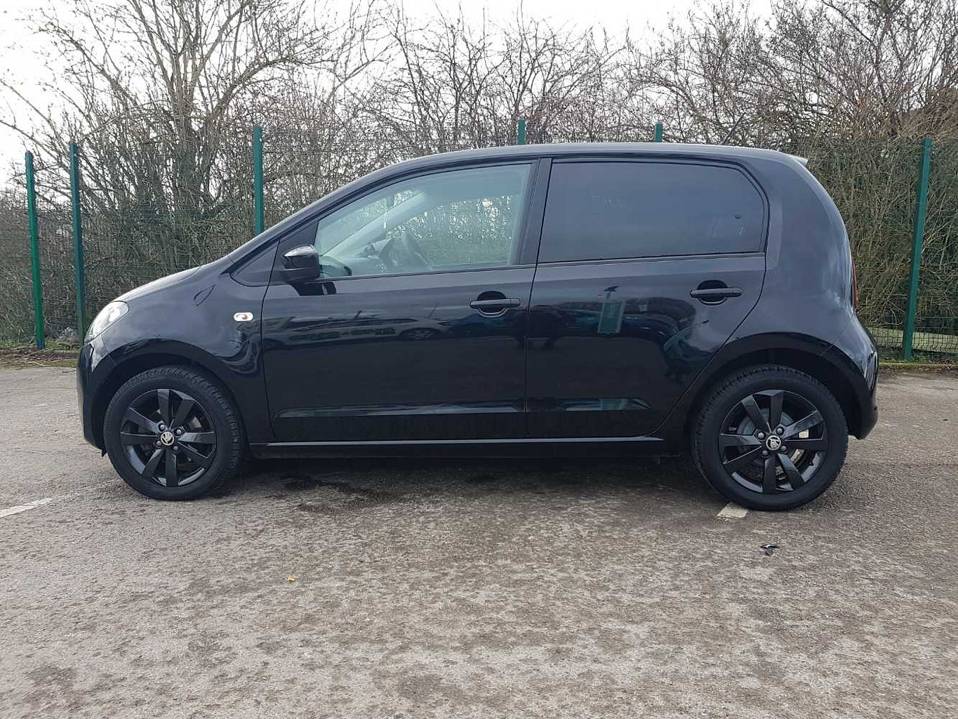 2017 Deep Black Pearlescent Skoda Citigo Hatchback 5-Dr 1.0 MPI, Petrol, Manual